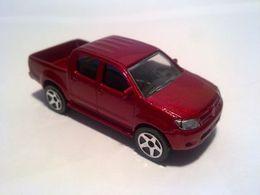 Toyota hilux model trucks b28c70cc 66a3 4909 aadd 801ea11cc9b3 medium