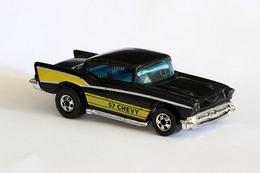 Hot wheels blackwalls 57 chevy model cars 853e2cc5 0e8f 4ba6 9d2c 87b559c8bb1a medium