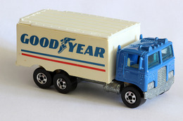 Hiway Hauler | Model Trucks