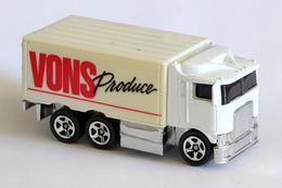 Hot wheels mainline hiway hauler model trucks 0027268d 2aa3 43d6 b6e0 e4ec76ddb12a medium