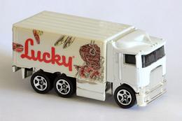 Hot wheels mainline hiway hauler model trucks 50a88cc5 658b 41ee b271 e8bda0c393ba medium
