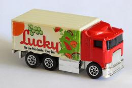 Hot wheels mainline hiway hauler model trucks 0ec5b02a 7e83 4d94 99d6 663c6a6b77a7 medium