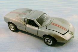 Mebetoys gran toros chevrolet astro ii model racing cars 1795bfe3 f5b5 4a0c 8f02 319f6f6a10aa medium