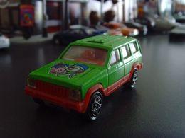 Jeep cherokee xj model trucks b1346fb5 ca85 4a07 b8cf d9e00af8fc46 medium