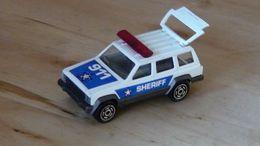 Serie 200 jeep cherokee model trucks b08305b2 6baa 454c a263 f982293b866e medium