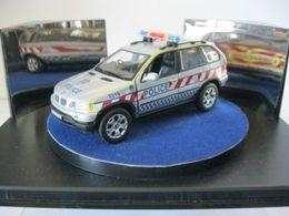 Auto della polizia bmw x5 model trucks 2b983ce0 c1b3 4eca 93f3 3eff7944f172 medium