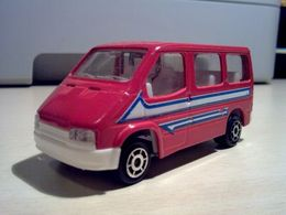 Ford Transit Tourneo | Model Buses