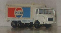 Serie 200 saviem sm van model trucks 2d87a19f 444c 4561 973a 32bd6d756cad medium