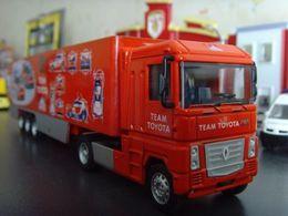 Racing collection trucks renault magnum model trucks d1a76a39 8dd3 4345 8f5b 161b4a0cb57d medium