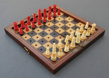 Calvert Style Ivory Travel Set | Chess Sets and Boards