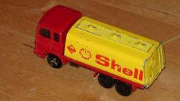 Serie 200 saviem sm tanker model trucks 790fb690 e7ce 43da b7ef 18e9788e04cc medium