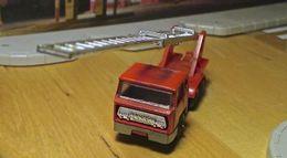 Serie 200 bernard grande echelle fire engine w%252fladder 3rd edition model trucks c10d20fe f6a1 4d32 aa53 d8a3e6bd8678 medium