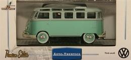 M2 machines auto thentics vw microbus model cars b25e71e7 9b96 4375 952c f9db5a38b954 medium