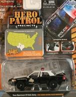 Jada hero patrol ford crown victoria police interceptor model cars 3118c46d 6805 4bc6 b8fb ec7aefe9a231 medium