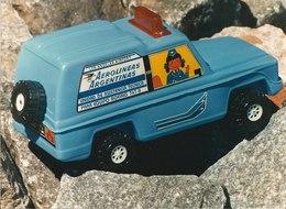 Miniturbo toys aerolineas argentinas suv model cars 75c05dc5 7bbe 4c27 b15b 0716d99c05b2 medium