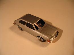 VW 411E '71    Model Cars