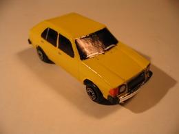 MAZDA 323 '78   Model Cars