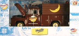 M2 machines moon pie%252c moon pie 2 1956 ford f 100 model trucks c064ac0d dbee 427d bce9 bc7c3e574087 medium