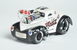 Maisto muscle machines 1941 willys model cars d9badf4c c8e0 4b85 a984 975968b28e40 medium