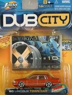 Jada dub city 90 lincoln town car model cars b31d635e 2b70 4cb5 99d0 fd2e03ecdb0b medium
