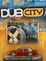Jada dub city 90 lincoln town car model cars f368a9c5 1085 4943 9be2 6deac798fb72 medium