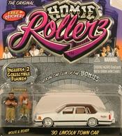 Jada homie rollerz 90 lincoln town car model cars 61505b14 8f75 4d54 9dc1 fe11987d75f9 medium