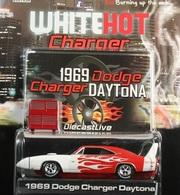 Greenlight collectibles 1969 dodge charger daytona model cars b2d248aa 54de 465e 965e c8bfcfaec096 medium