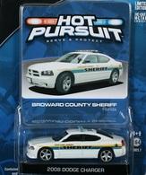 Greenlight collectibles hot pursuit%252c hot pursuit 7 2008 dodge charger model cars e94b64d3 5427 4b03 9497 4cd04170522f medium