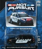 Greenlight collectibles hot pursuit%252c hot pursuit 10 2013 ford police interceptor utility model cars d0d3f71e bf5a 49dd b736 a7b662131181 medium
