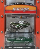 Greenlight collectibles muscle car garage%252c muscle car garage 2 1970 oldsmobile 442 model cars 62c7f247 7b1a 4f75 aaae bdfda588ca51 medium