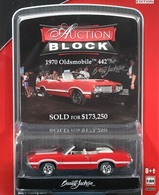 Greenlight collectibles auction block%252c auction block 10 1970 oldsmobile 442 model cars 703b3fba 012a 48cc 97cd 996ca3a1a31d medium