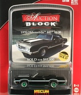 Greenlight collectibles auction block%252c auction block 14 1970 oldsmobile 442 w 30 model cars cfec3889 d82b 41b8 884e 4928261348fd medium