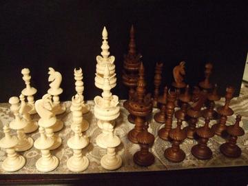 Selenus Bone Chess Set | Chess Sets & Boards