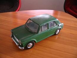 Austin 1300 model car kits b7451c83 1f29 41b9 a52a b0e52932c1b9 medium