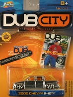 Jada dub city%252c dub city chrome 2000 chevy s 10  model trucks f515814c 5bb3 4667 8ec1 551369765367 medium