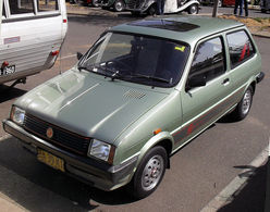 762px 1982 1990 mg metro 1300 3 door hatchback 01 medium