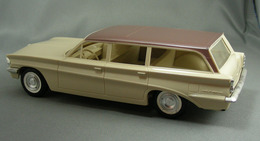 1961 Oldsmobile F-85 4 Door Station Wagon Promo Model Car  | Model Cars