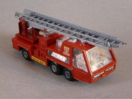 Matchbox super kings fire tender model trucks 8583c345 bc0c 4b3a 8721 b9d8a19e06d1 medium