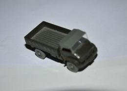 Unimog S Faltdach | Model Trucks | Caption Text