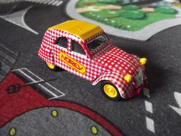 Norev mini jet%252c racing %2522la course cycliste%2522 citro%25c3%25abn 2 cv model cars 61fea88c c0dd 47b8 b043 86850ccd3b92 medium