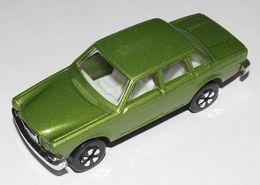 Playart volvo 164e model cars 304d7017 d2cd 4cfa a57c 2c2aef5e30df medium