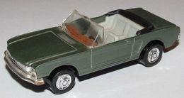 Playart ford mustang convertible model cars 8a13995f 7f17 4c18 98e0 e486b7e4ebc1 medium