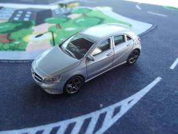Norev mini jet%252c showroom mercedes benz class a model cars 59b26a5f 5bc0 47a5 a46f f33315eb6001 medium
