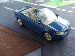 Norev mini jet%252c renault toys%252c showroom %2528norev%2529 renault megane mk ii cc  model cars e3ca6cd3 adf1 4b50 8440 c113d0c9118b medium