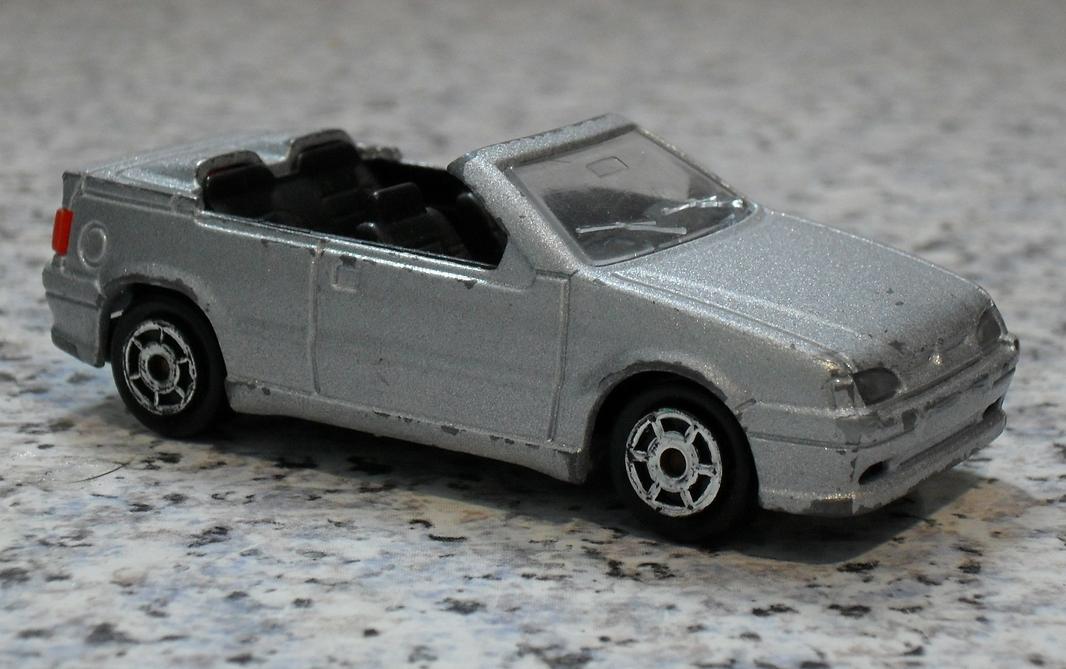 renault 19 cabrio model cars hobbydb. Black Bedroom Furniture Sets. Home Design Ideas