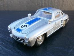 Solido mercedes benz 300 sl model cars 383bc2e2 2862 4bba 9333 b0f4d0134dad medium
