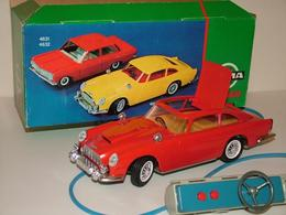 Gama aston martin db5 james bond 007 model cars 10c04eb5 edfb 4b9e a78e 2c322c2f090b medium