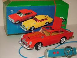 Aston Martin DB5 James Bond 007 | Model Cars