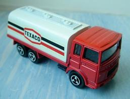 Majorette saviem citerne model trucks e3f63268 7f41 4296 bae5 748f5a3729a2 medium