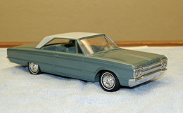 1965 Dodge Monaco 2 Door Hardtop  | Model Cars | Caption Text